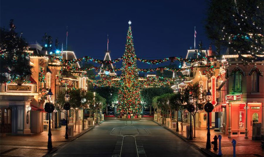 Celebrate the Holidays at Disneyland with Festive Family Fun